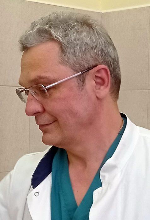 Доктор Максимов Алексей Васильевич, врач хирург